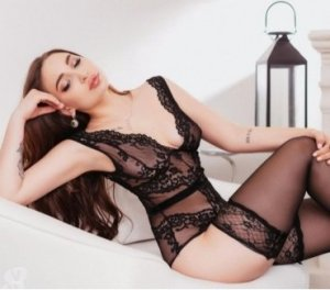 Mandoline escortgirls hongroise Saint-Just-Saint-Rambert, 42